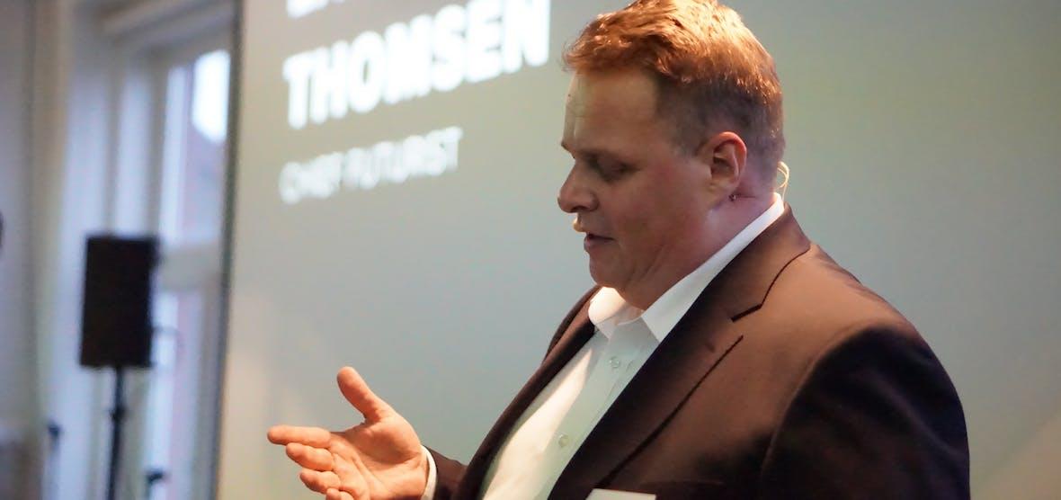 """Podcast-Sonderausgabe mit Zukunftsforscher Lars Thomsen: """"Das Ende der Dummheit ist nah"""""""