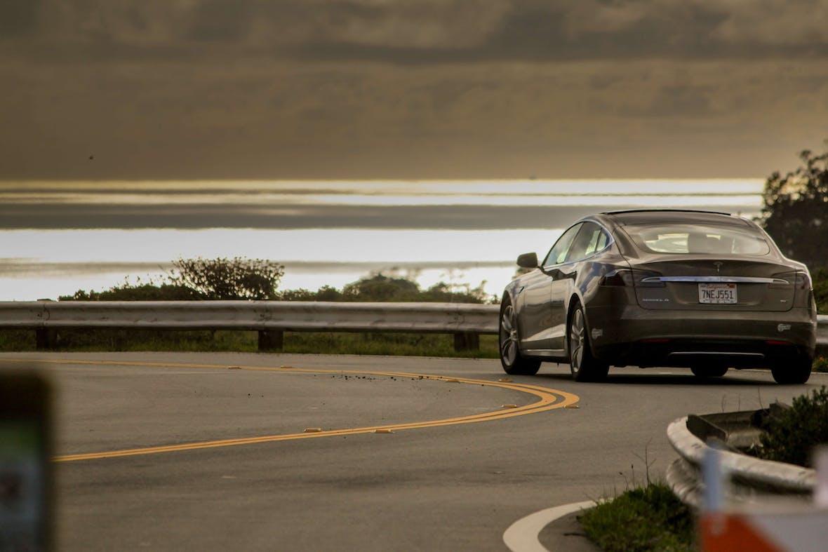 Zu schnell und zu radikal - Woran Tesla scheitern könnte