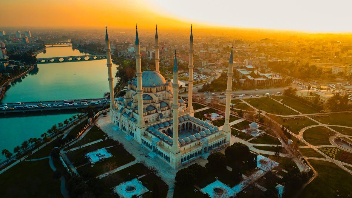 """""""BB-"""": Ratingagentur stuft neuerlich die Kreditwürdigkeit der Türkei herab"""