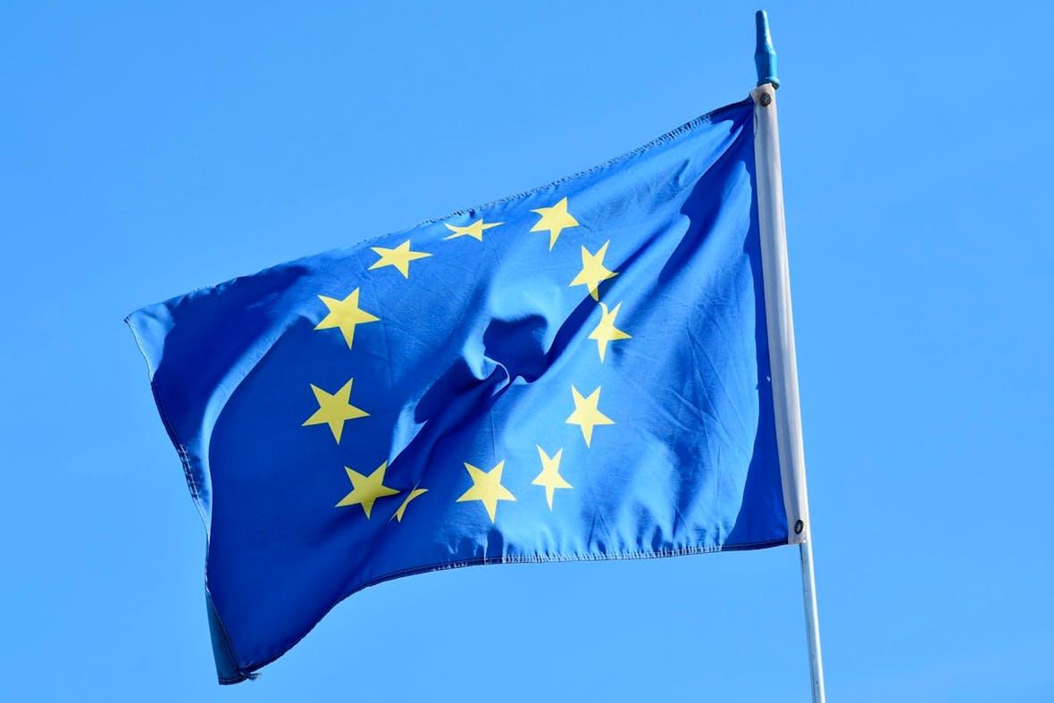Der Euro fällt weiter gegenüber dem Dollar