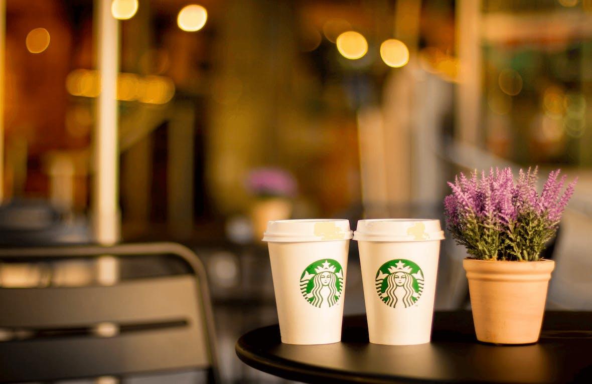 Verlässt Firmengründer Howard Schultz Starbucks, um US-Präsident zu werden?