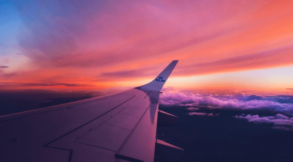 Reisebüro vs. Internet - Der Kampf um den modernen Urlauber
