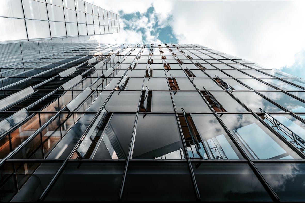 Schwache Zinslandschaft treibt Attraktivität von Private Equity
