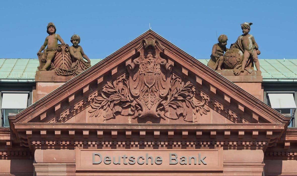 Aktie im Höhenflug: Deutsche Bank überflügelt Gewinnerwartungen