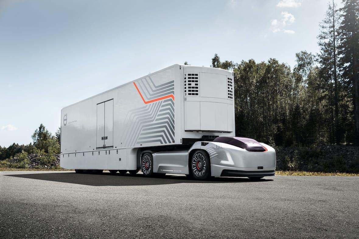 autonom, elektrisch, fahrerlos - zukunftsweisender Sattelschlepper von Volvo Trucks