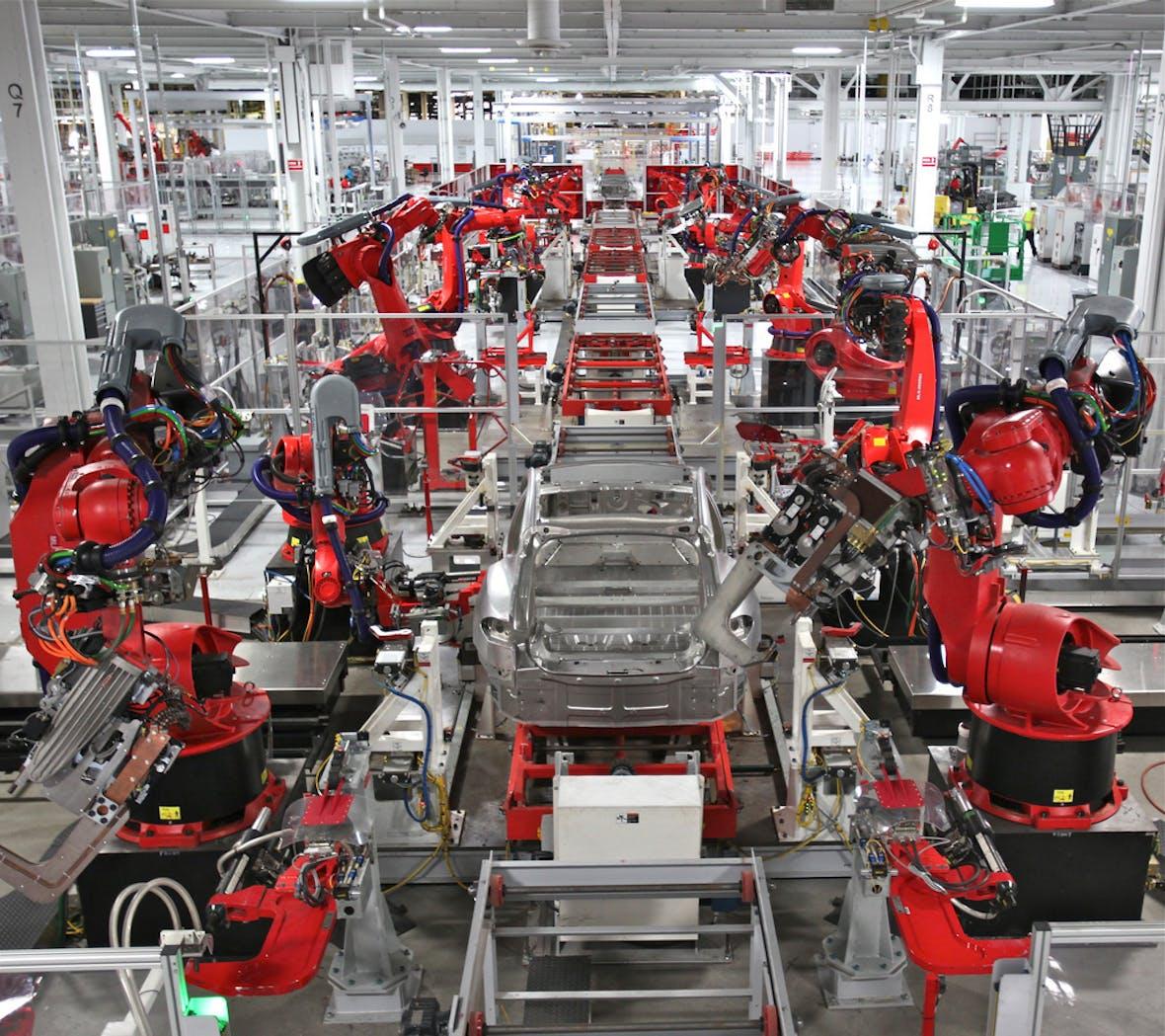 Model 3: Tesla hat die 100.000 erreicht