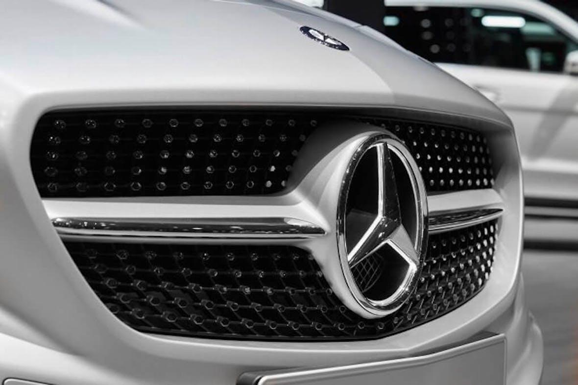 Gewinnwarnung bei Daimler: Aktie rutscht auf Fünfjahrestief