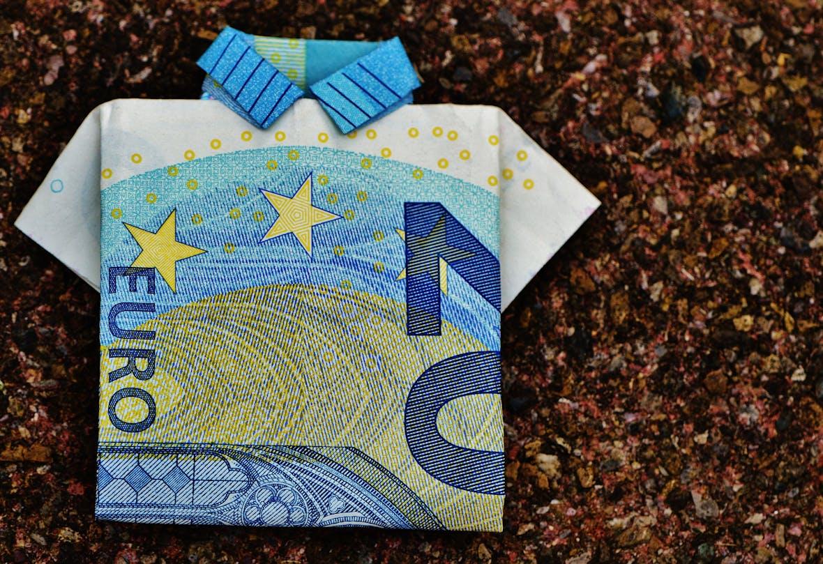 Euro soll Abhängigkeit vom Dollar abschütteln