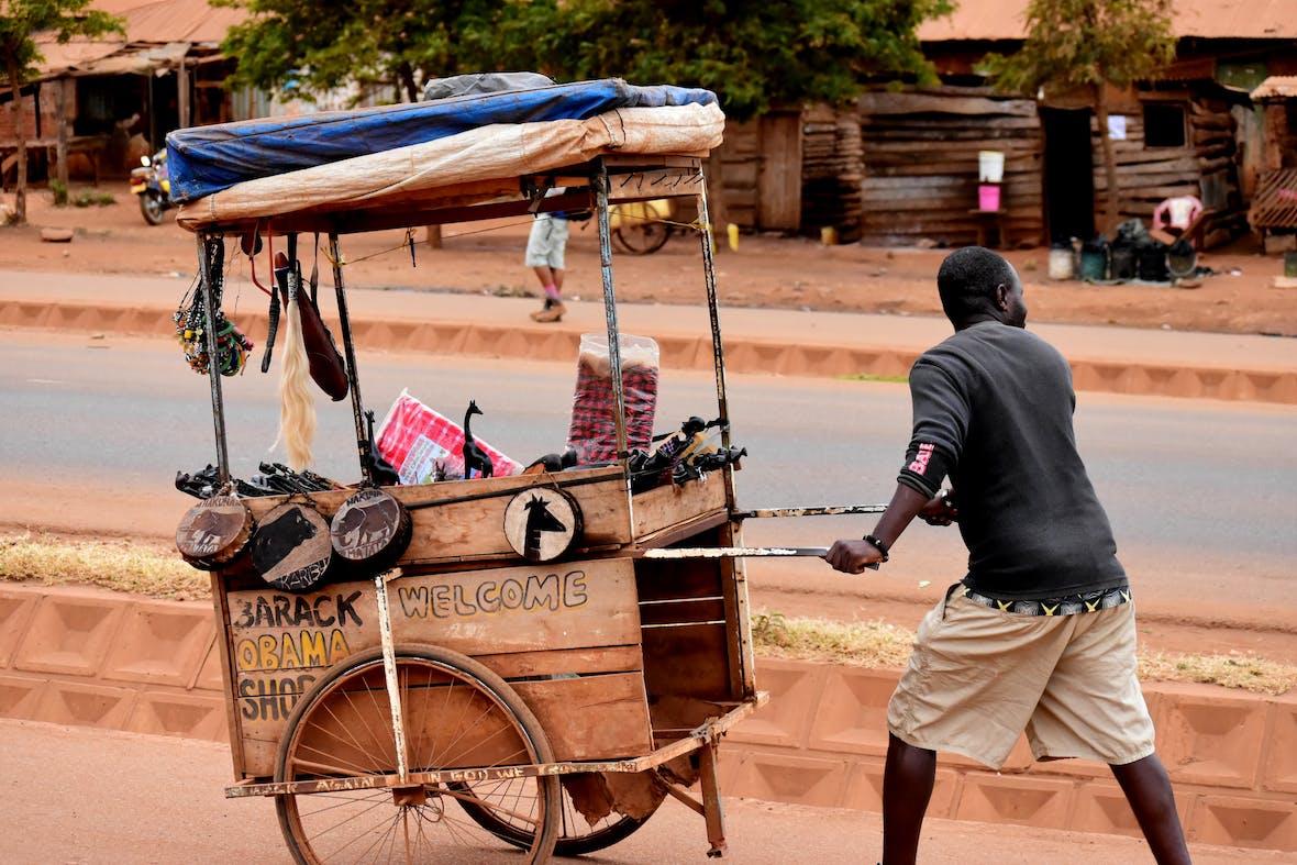 Afika: Internet und Mobilfunk besser als Entwicklungshilfe?